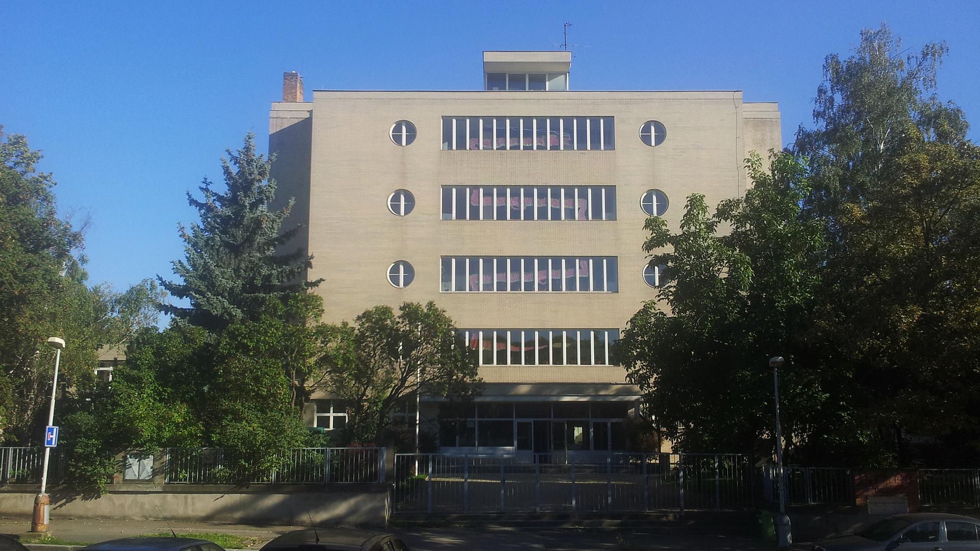 Gymnázium Špitálská ? foto: ProProsek