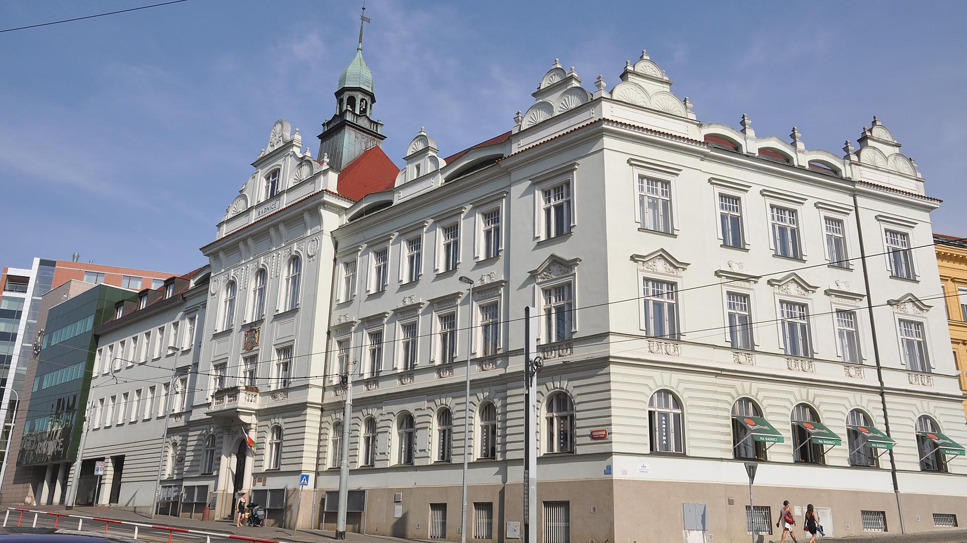 Radnice Prahy 9